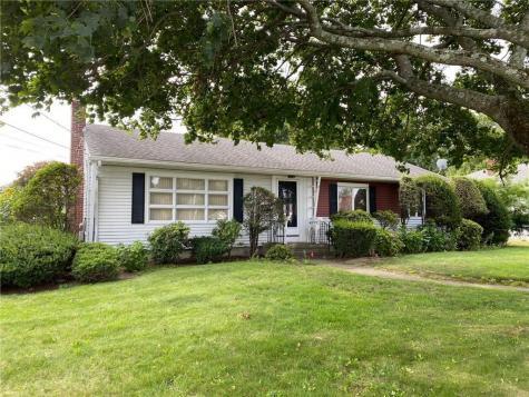 83 Broadmoor RD Cranston RI 02910