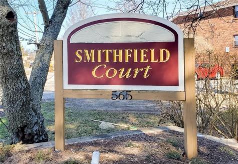 565 Smithfield RD, Unit#C8 North Providence RI 02904
