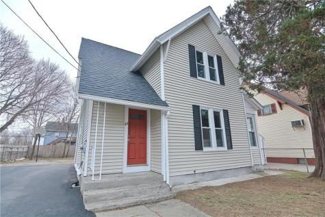 22 Carpenter ST Pawtucket RI 02860
