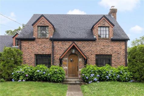 112 Cottage AV North Providence RI 02911