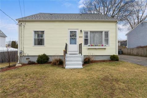 225 Villa AV North Providence RI 02904