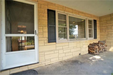 558 Green End AV Middletown RI 02842