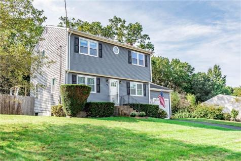 32 Monroe DR Coventry RI 02816