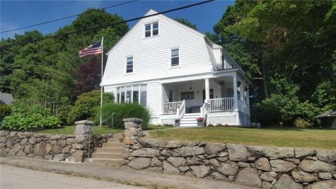 11 Bates AV Coventry RI 02816