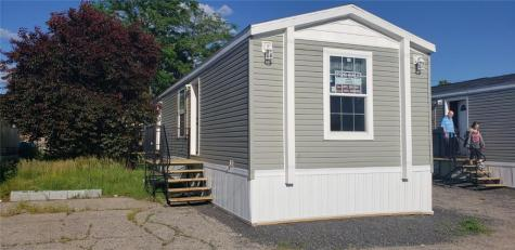 18 West DR East Providence RI 02916
