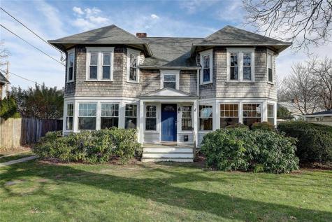 138 Terrace AV East Providence RI 02915