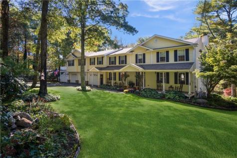 71 Rolling Hill DR Exeter RI 02822