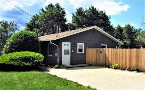12 Paige DR Coventry RI 02816