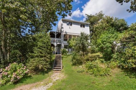 5 Wheatfield Cove RD Narragansett RI 02813