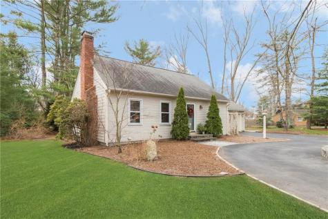 54 Lamson RD Barrington RI 02806