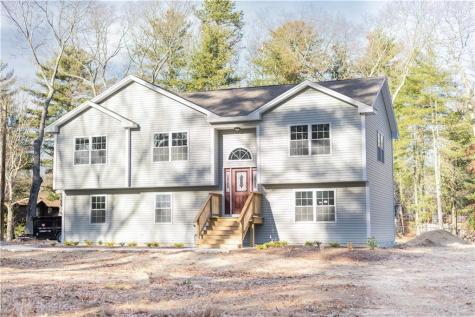120 Pine Hill RD Scituate RI 02857
