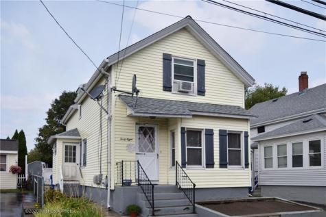 48 No Carpenter ST East Providence RI 02914