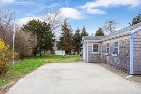 116 Cedar AV Portsmouth RI 02871