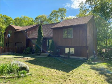 21 W Log Bridge RD Coventry RI 02816