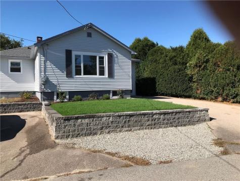 24 Goose Island RD Narragansett RI 02882