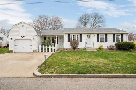 158 Country RD Woonsocket RI 02895