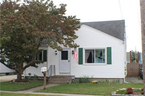 61 Flint ST Pawtucket RI 02861