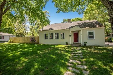 33 Maple Leaf RD Burrillville RI 02826