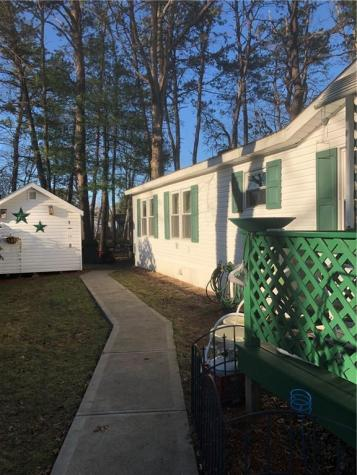 10 Liena Rose WY Coventry RI 02816