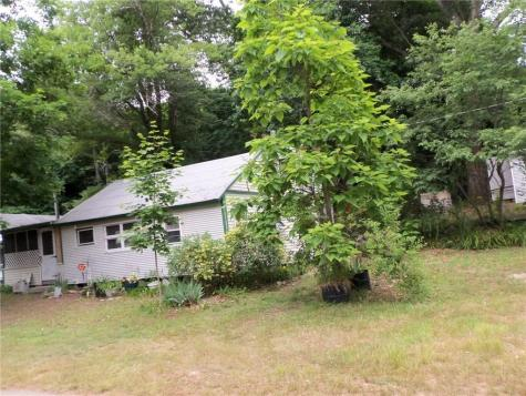 35 Long Meadow DR Glocester RI 02814