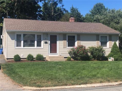 27 Vista DR Lincoln RI 02865