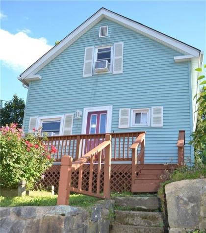 46 Willow ST Coventry RI 02816