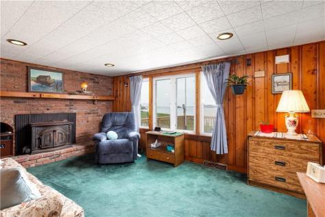 30 Wheatfield Cove RD Narragansett RI 02882