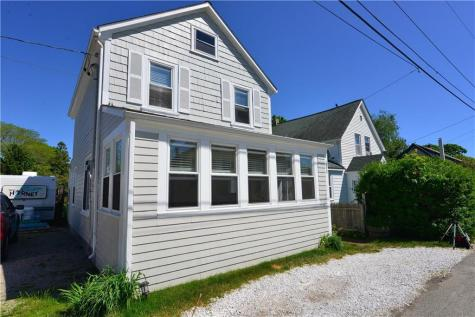 105 Cottage AV Portsmouth RI 02871