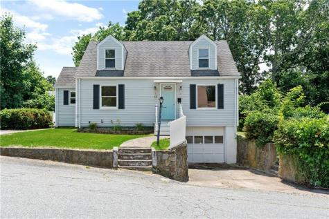 11 Hope View ST Coventry RI 02816