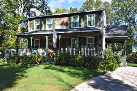 335 Carolina Back RD Charlestown RI 02813