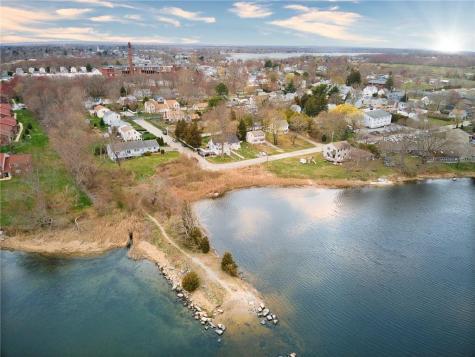 2 River View ST Warren RI 02885