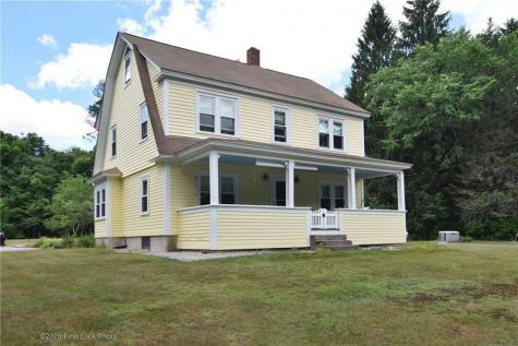 125 Old Flat River RD Coventry RI 02816