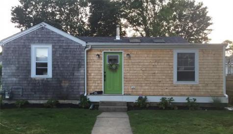71 Rockland ST Narragansett RI 02882