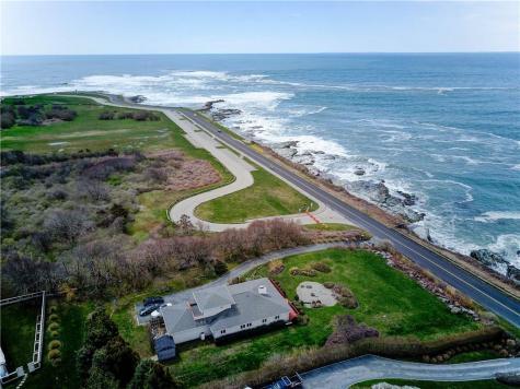 511 Ocean AV Newport RI 02840