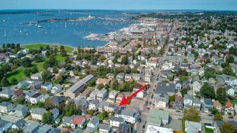 9 West Narragansett AV Newport RI 02840