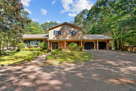 922 Whaley Hollow RD Coventry RI 02816