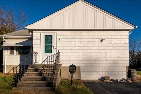 108 Homewood AV North Providence RI 02911