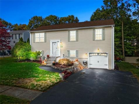 43 Remington Farm DR Coventry RI 02816