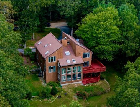 12 Biscuit Hill RD Foster RI 02825
