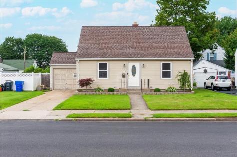 185 Mount Vernon BLVD Pawtucket RI 02861